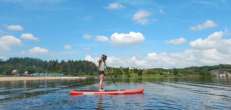 stand up paddle sur le lac de villerest